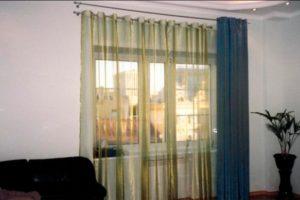 Шторы на люверсах от сети салонов «Антураж» – купить готовые шторы или заказать индивидуальный пошив в Мытищах и Королеве